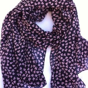 Accessories - Small heart scarf